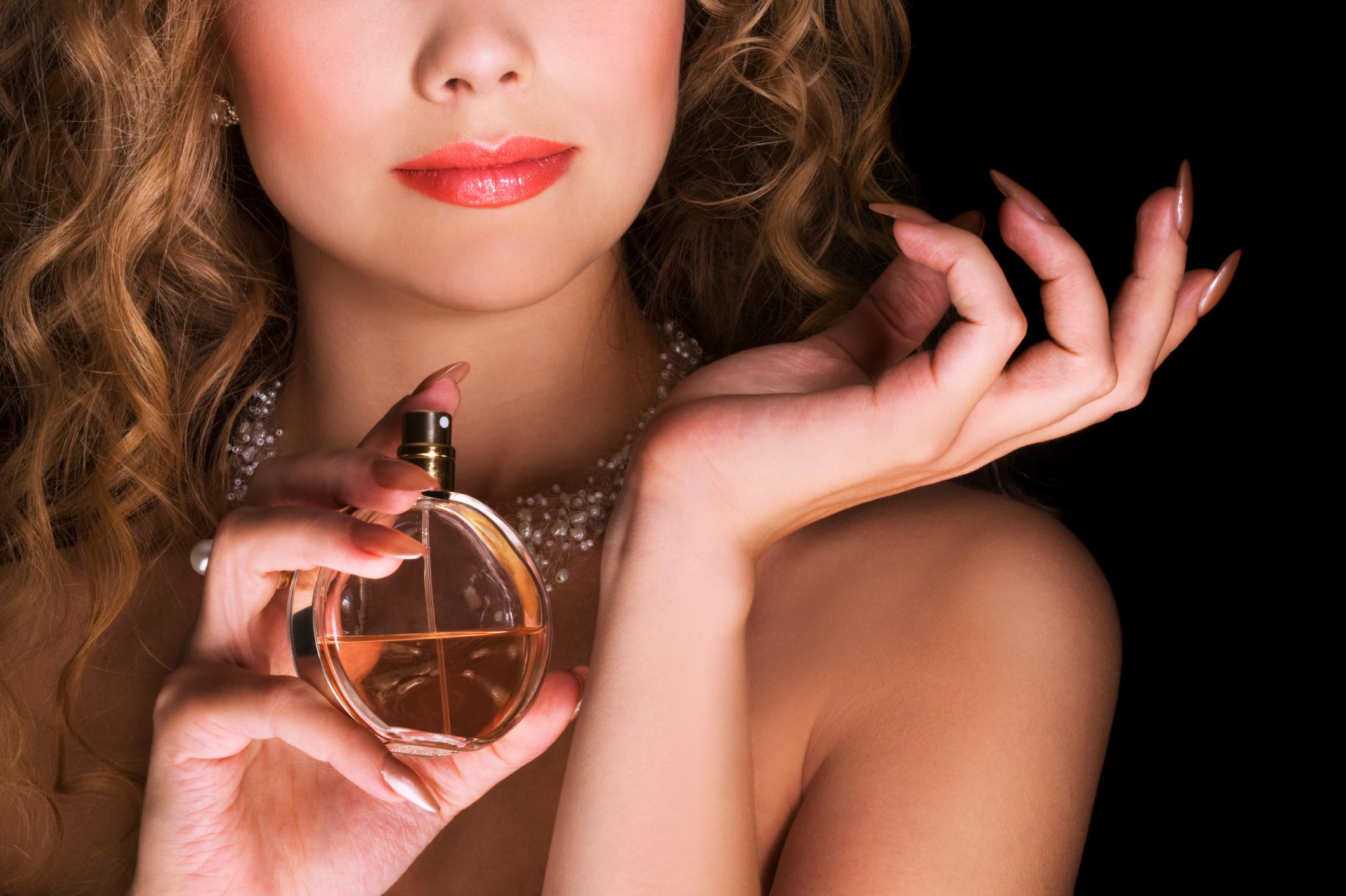 Сохранить аромат парфюма целый день