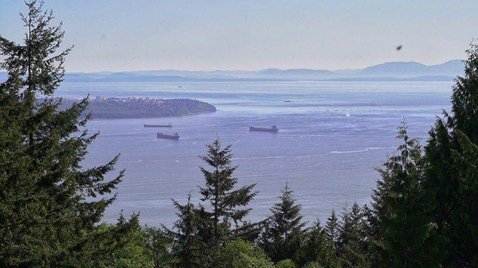 Вид из квартир. Ванкувер. Канада