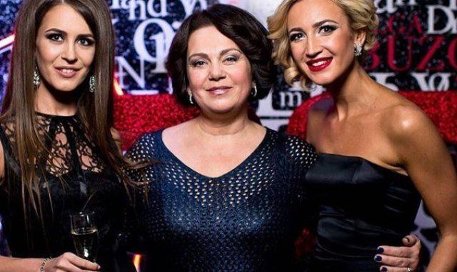 Ольга Бузова с сестрой и мамой