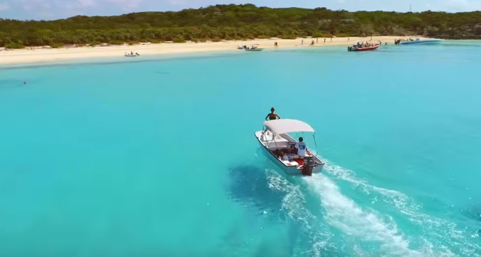 аренда катера на Багамских островах