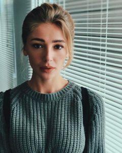 Настя Ивлеева - известный российский блогер и ведущая Орел и Решка