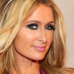 Самая знаменитая блондинка Перис Хилтон перекрасилась в брюнетку