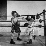 Боксерские мешки вместо гаджетов или зачем ребенку спорт