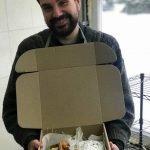 Good Bread from Good People — сделали подарочные коробки